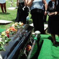 Pour quelles raisons assister ou non à des funérailles ?